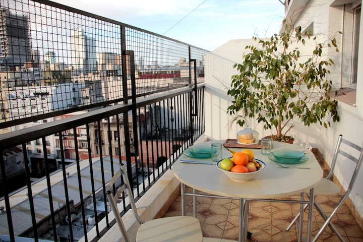 Sunny Terrace Apart. in Downtown BA
