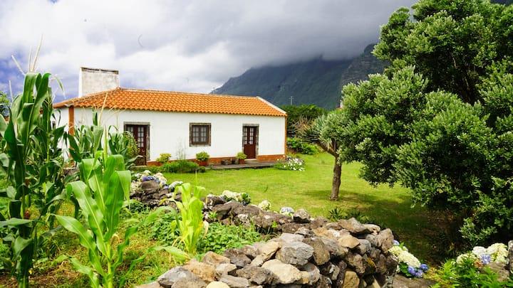Casa Via d'Agua in Fajã Grande