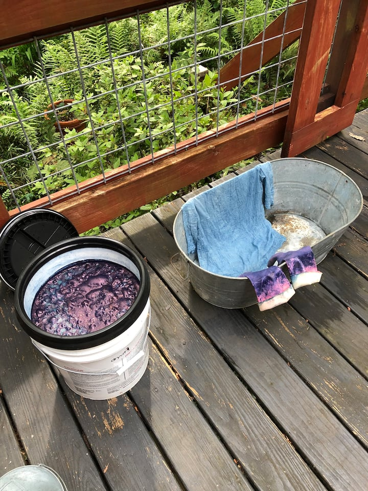 The indigo dye vat