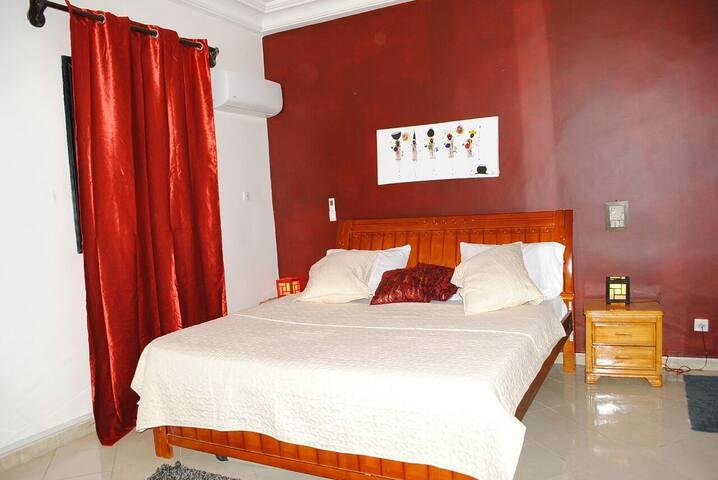 Chambres chaleureuses à proximité de la mer - Dakar - Lakás