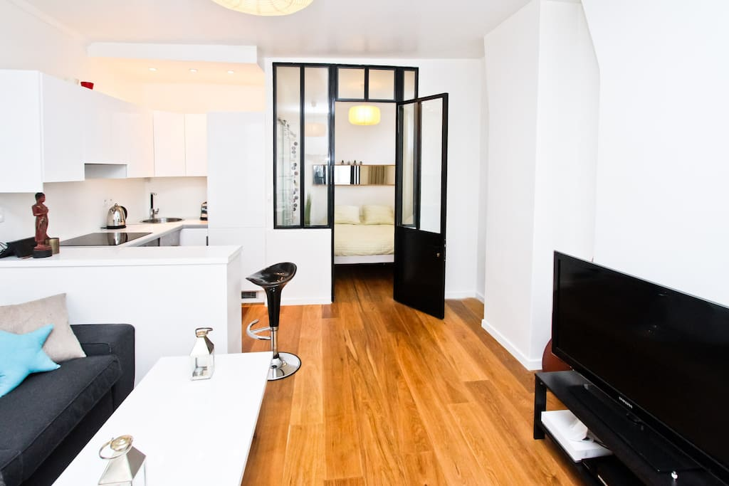 charmant appartement marais wohnungen zur miete in. Black Bedroom Furniture Sets. Home Design Ideas