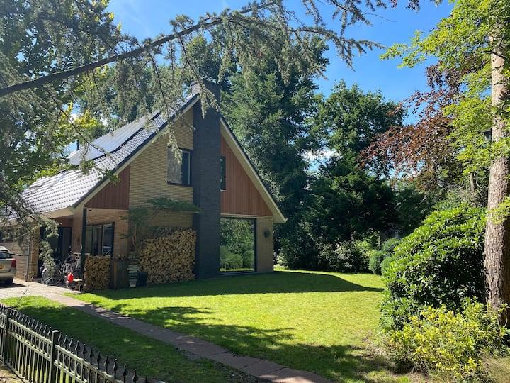 Luxe villa vlak bij centrum Ermelo op de Veluwe
