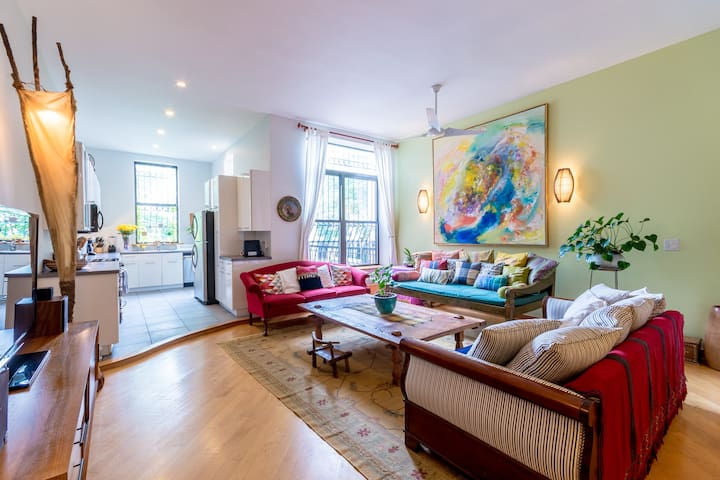 STUNNING BROWNSTONE IN WEST HARLEM 4 BEDR 3 BATH