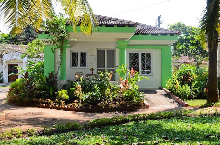 Beach Studio Villa in Cavelossim - Goa - Villa