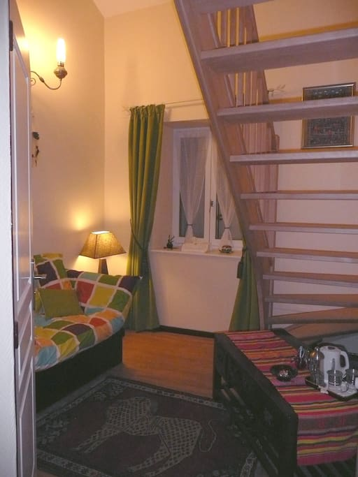 chambre d 39 hote etape en ardennes a chambres d 39 h tes louer balaives et butz champagne. Black Bedroom Furniture Sets. Home Design Ideas