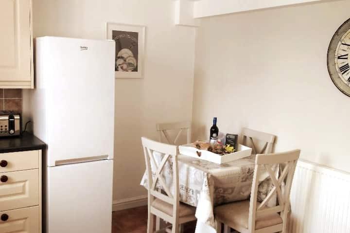 Hand Apartment, Llanrwst, Conwy, Snowdonia