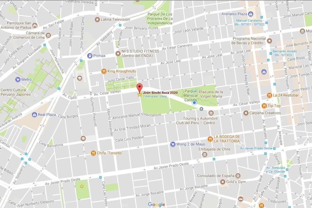 Mapa de ubicación y referencias a principales avenidas, restaurantes y supermercados