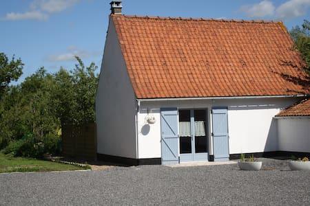 A l'ombre du prunier - Licques - Haus