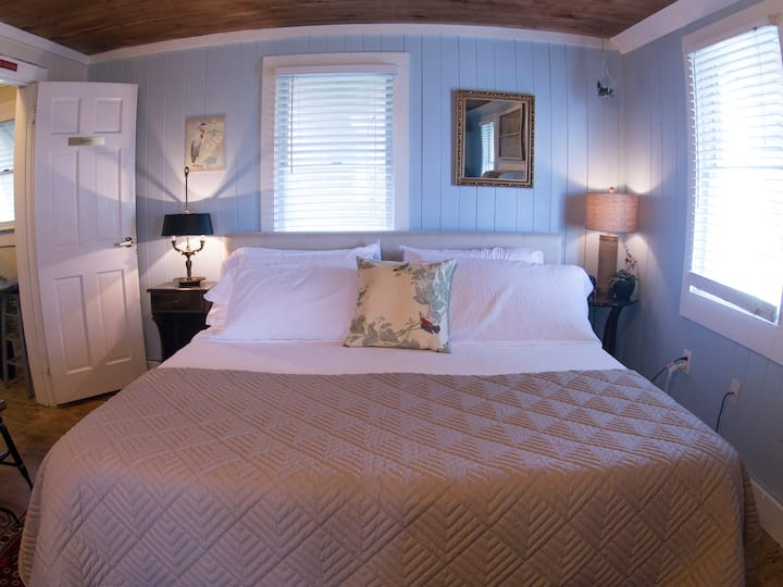 Master Suite - Atlantic Street Inn