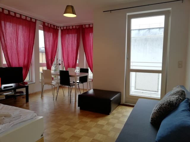 Flat with balcony for 6 persons in Berlin Mitte