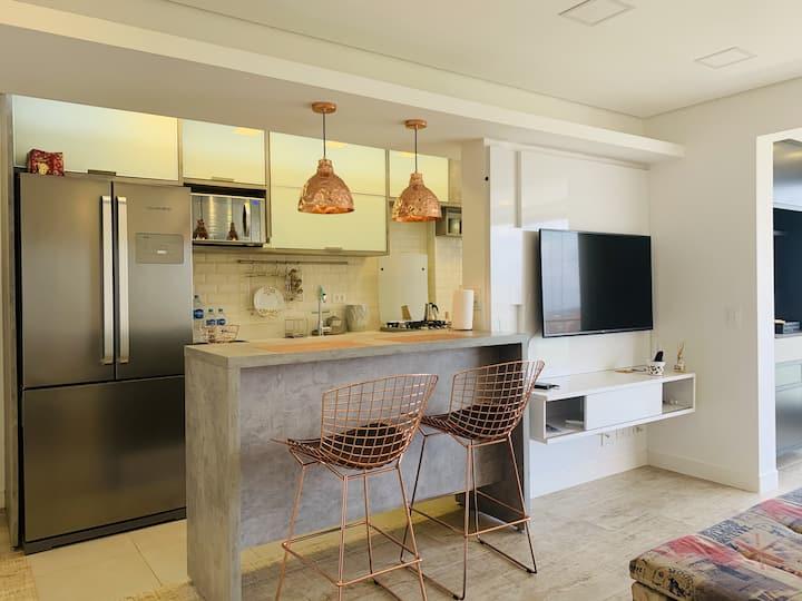 Lindo apartamento no Alto da Boa Vista com Garagem e piscina