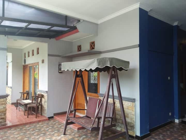 Nalcha guest house yogyakarta
