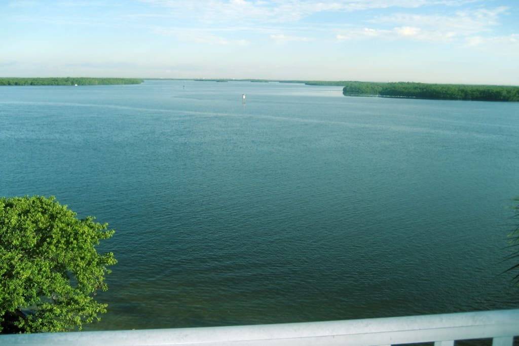 304 Lovers Key Resort Condo Apartments For Rent In Fort