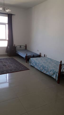 Big room available for ladies and working couple.