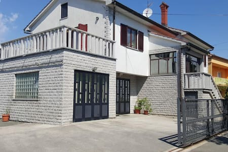Apartement Eni - Mihotići - Apartment