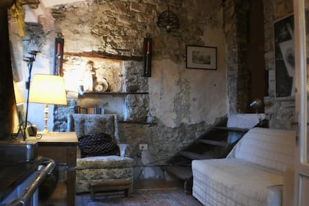 Villa Daphne: Your Italian basecamp - Santa Maria del Molise - Haus