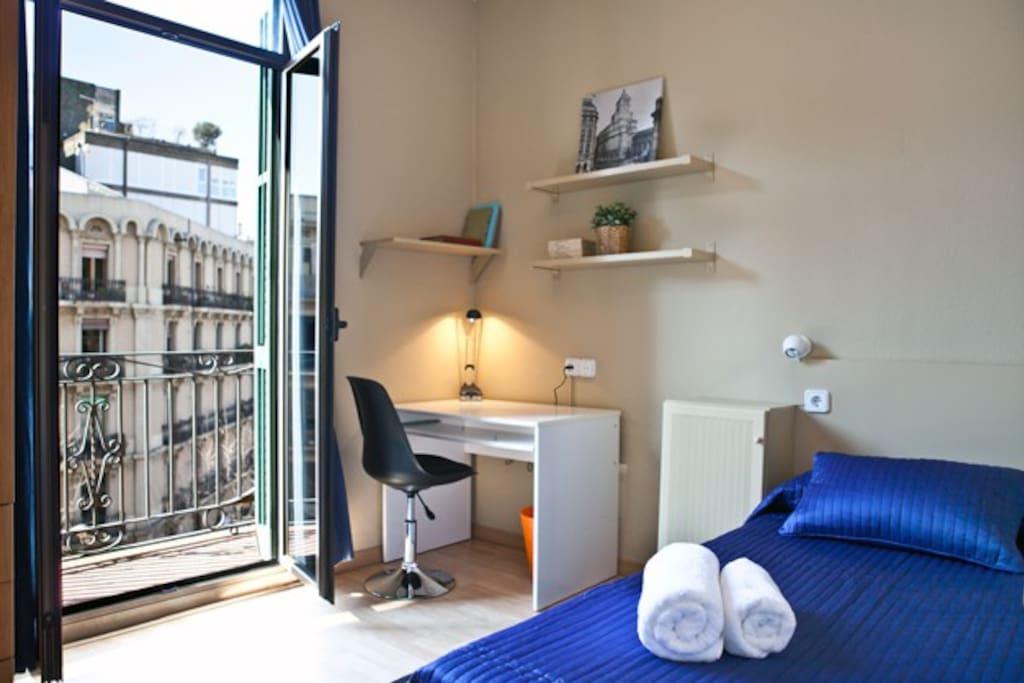 Roomy eixample urgell appartamenti in affitto a for Appartamenti barcellona eixample