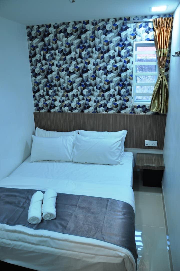 Dr 96 inn *D2 *Astro *Hotel room design