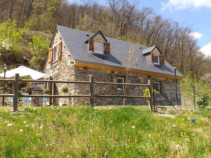 Le Gîte Casaou à Ouzous dans les Hautes-Pyrénées