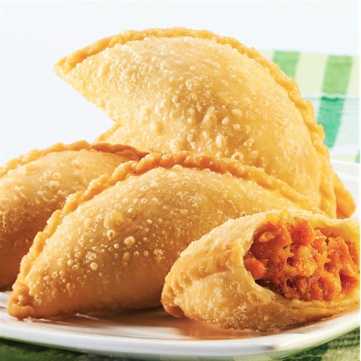 Crispy Curry Puff with potato masala!