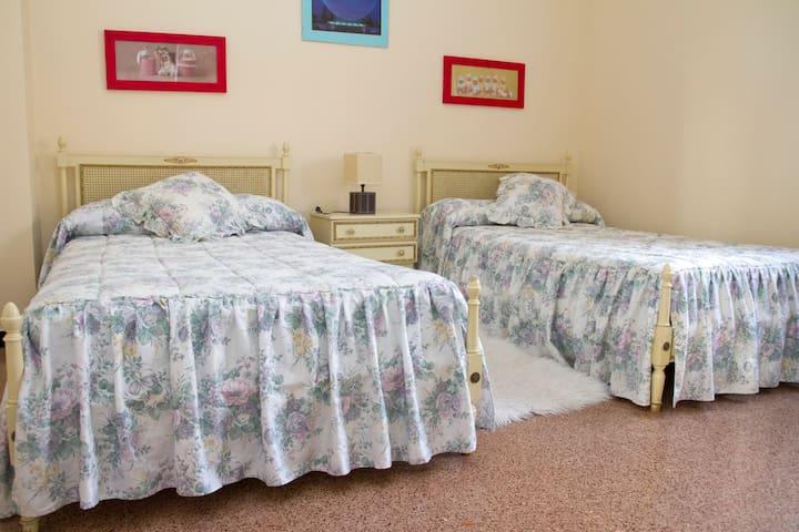 Casa adosada completa en Labastida - Bastida - Huis