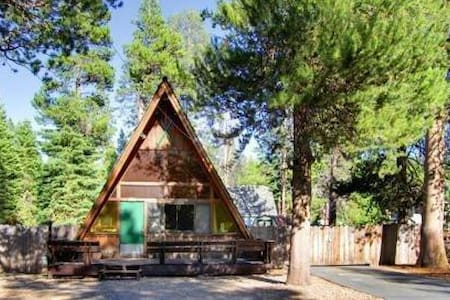 Classic A Frame, Modern Amenities - South Lake Tahoe - Dom