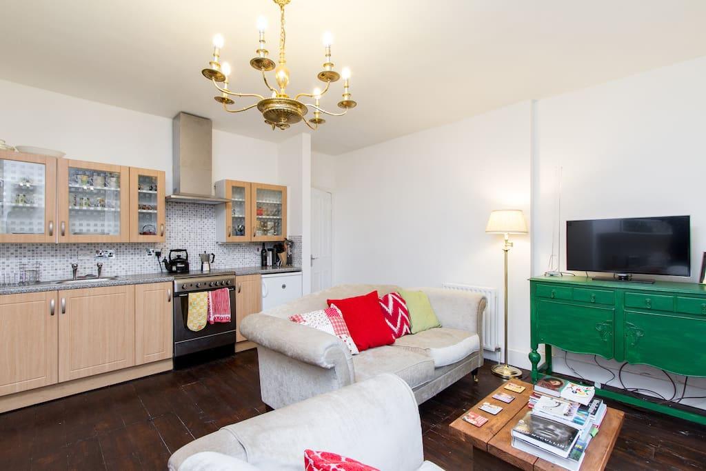 Wonderful cozy & quiet garden flat