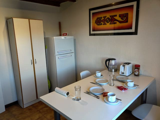 Frey - Newly Renovated Apartment In Downtown Bari