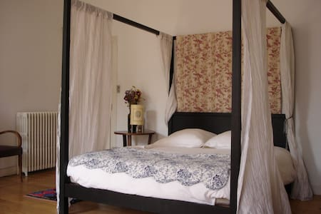 Bed & Breakfast in Caours - Cahors