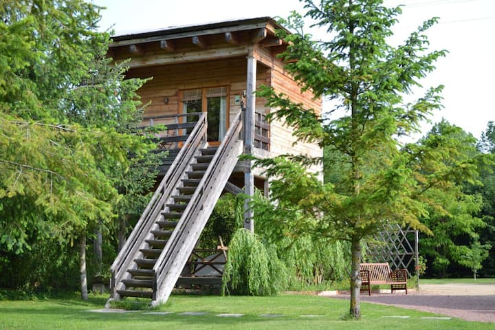 timber cabin on stilts loire valley