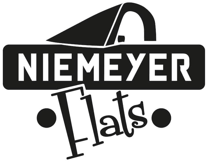 NIEMEYER FLATS 3 PISO VUT-1986-AS