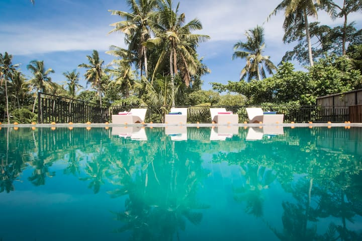 Luxury Private Villa Close to Ubud Centre + Pool