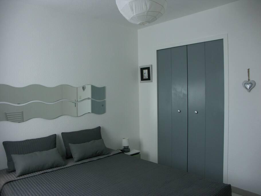 chambre à coucher, lit 160