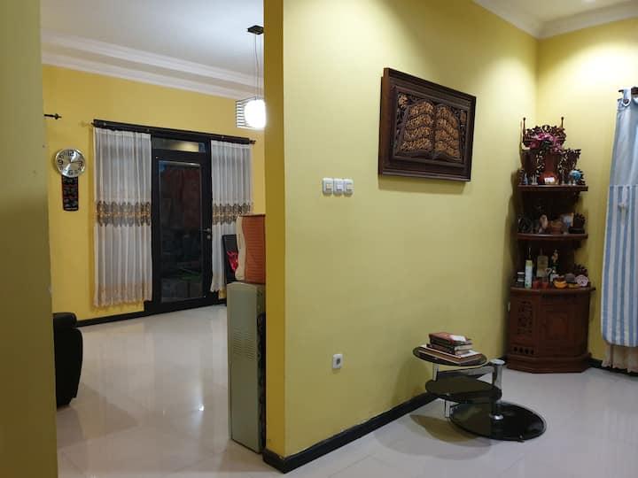 Villa Racing Centre, Rumah Sudut, Baitii Jannah
