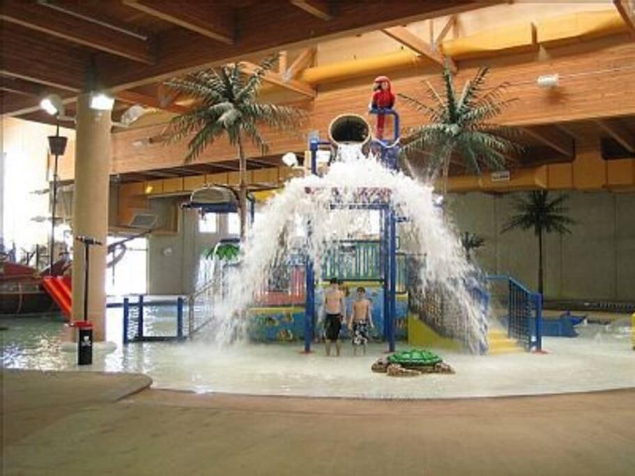 Indoor Waterpark Zero Depth Kids Area
