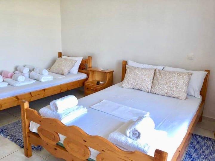 [4] - Cozy apartment in Tyros beach