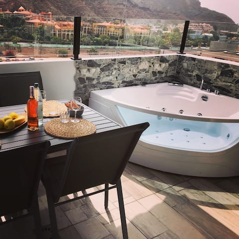 Harry´s Penthouse Apartment with jacuzzi