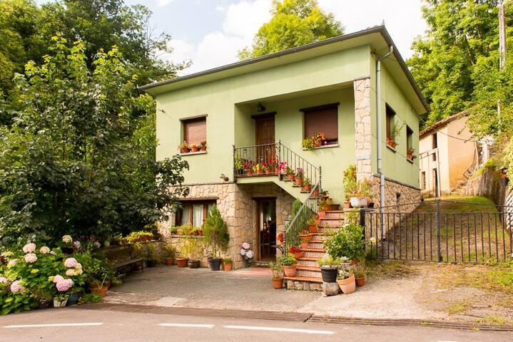 Casa Rural en el corazón de la Asturias más bella.