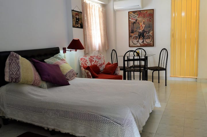 Cecy's Cozy Apartment in Havana