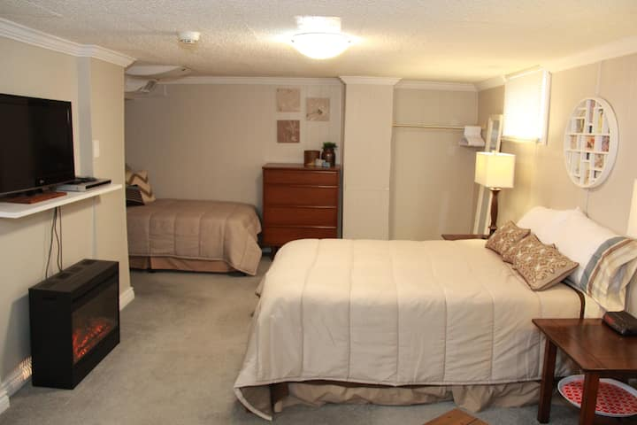 Basement Apartment for long or short stays