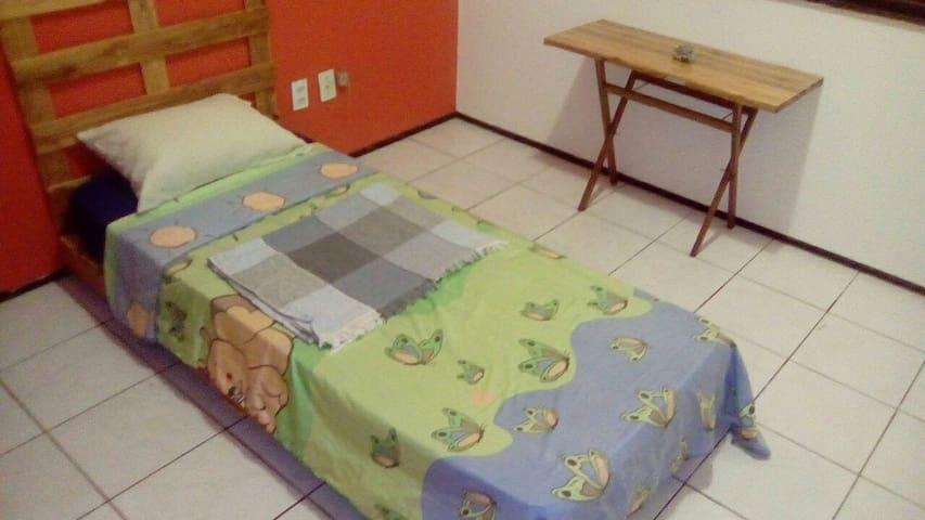 Quarto confortável em Fortaleza. - ฟอร์ตาเลซา - บ้าน