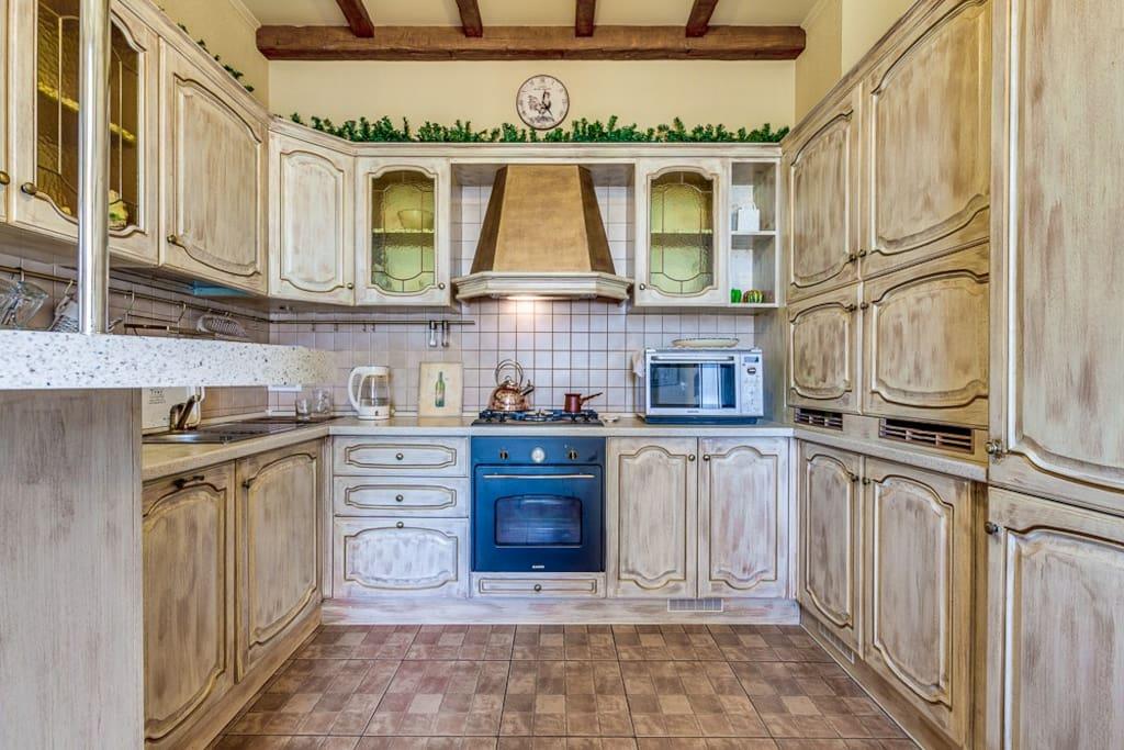 кухня-рабочая зона