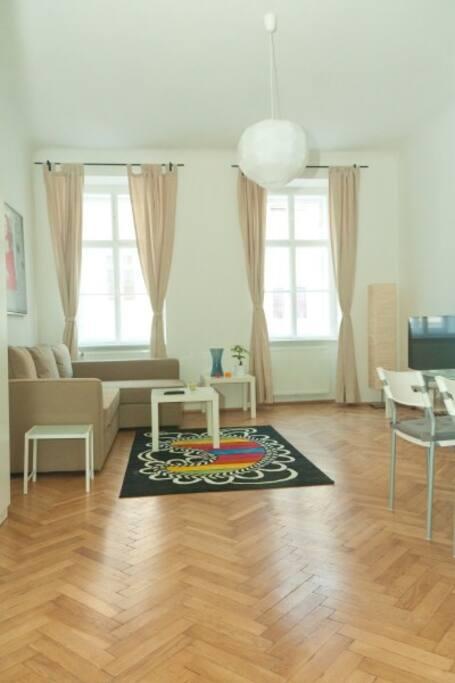 Wohnzimmer mit Schlafsofa 140 x 200 cm