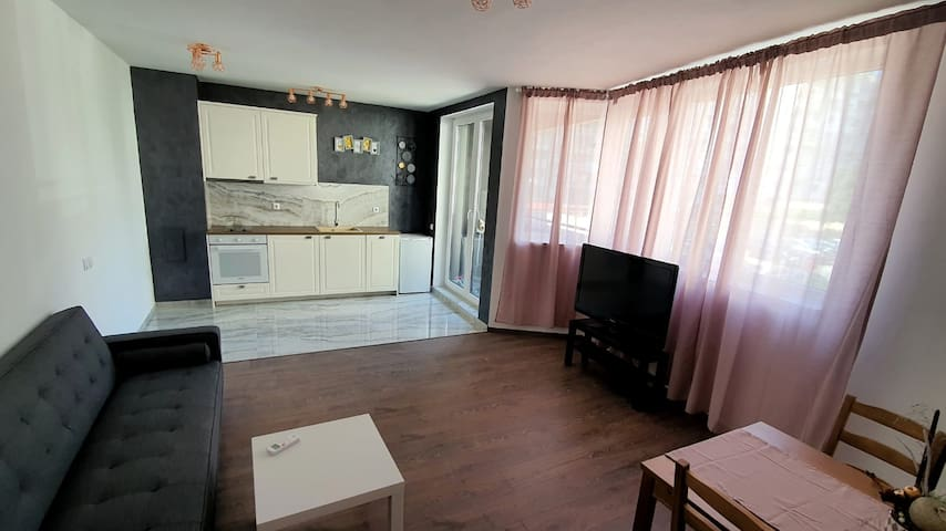 Brand new apartment next to Grand MALL