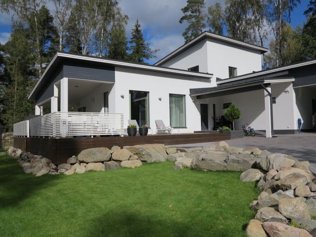 Modern family house, 4 bedrooms, great location!