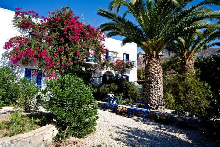 Aegiali Beach 2 Pax Room, Amorgos  - Amorgos - Bed & Breakfast