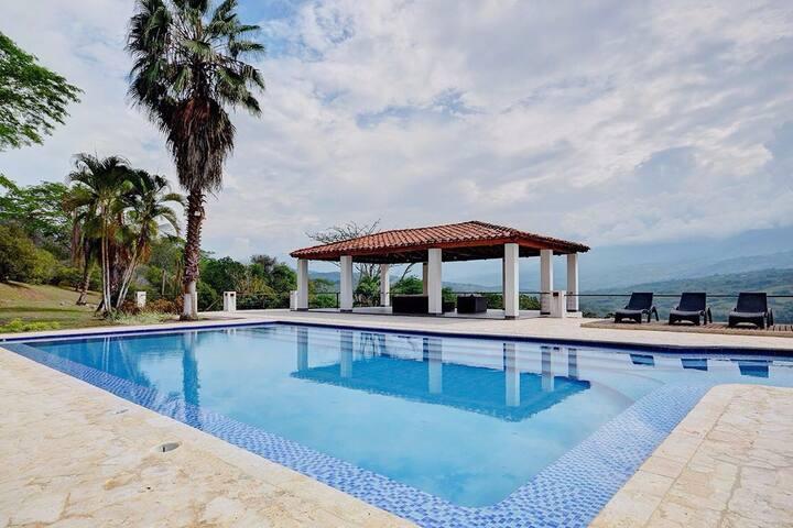 Deluxe Villa La Pintada