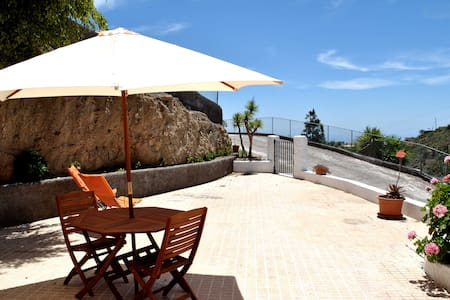 NICE COTTAGE IN AN AUTHENTIC FINCA - Los Blanquitos