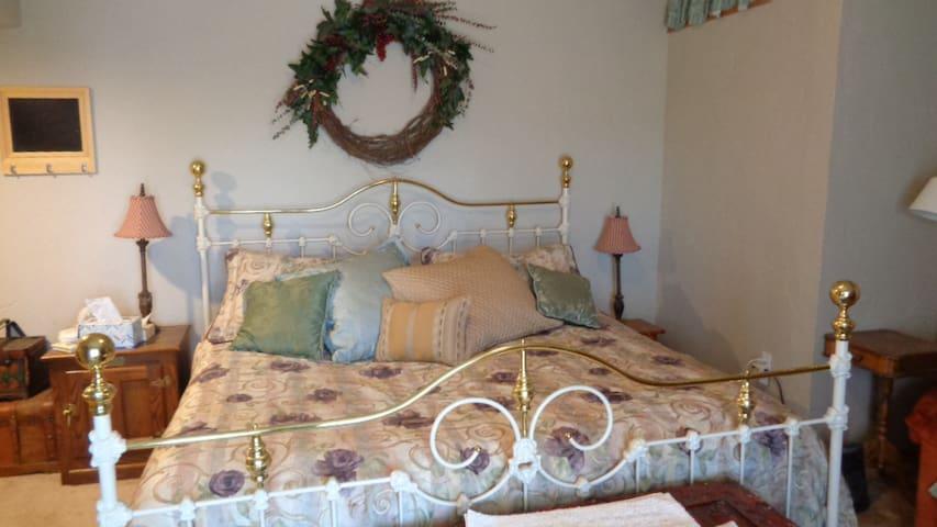 Private Spacious Suite, Centrally Located, 420 OK - Denver - Hus
