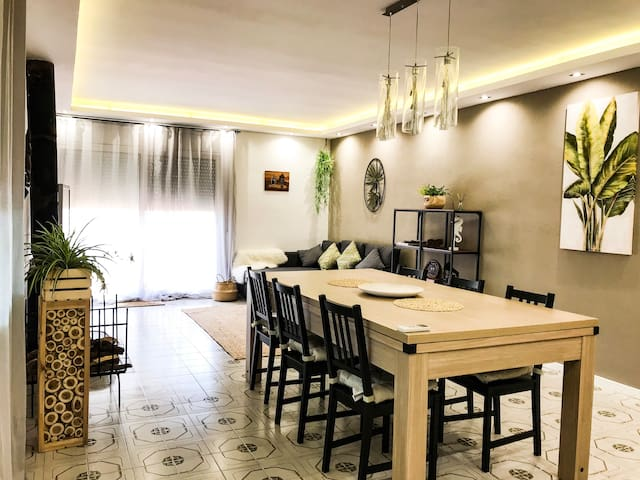 Dining room with a big table